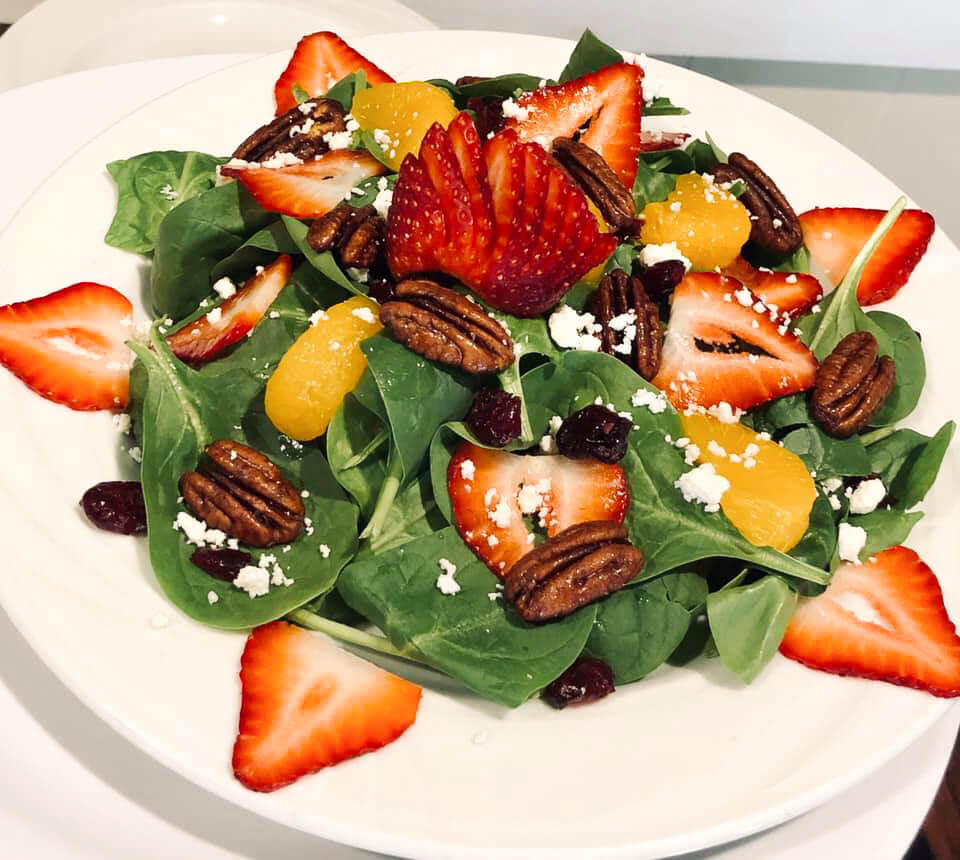 Strawberry and Spinach Salad with Grilled Chicken
